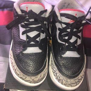 Jordan Shoes - Toddler boy Jordan 3 Retro size 9